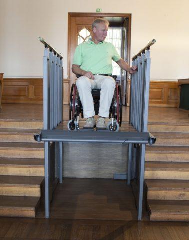 Escalera Y Elevador Vertical